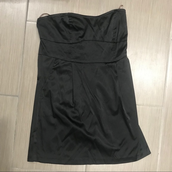 Poetry Dresses & Skirts - LBD! Black tube dress with pockets
